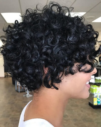 Graduated Short Curly Bob Hairstyle