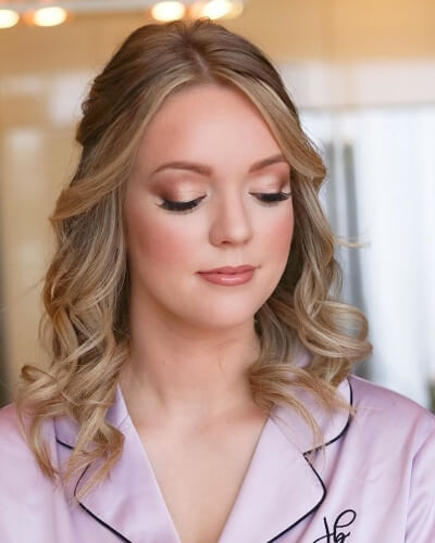 Half Up Half Down Hairstyle with Shoulder-length Hair