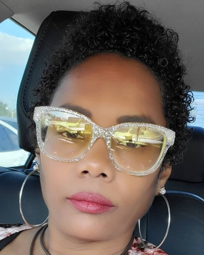 Sculpted TWA Hairstyle for Kinky Hair
