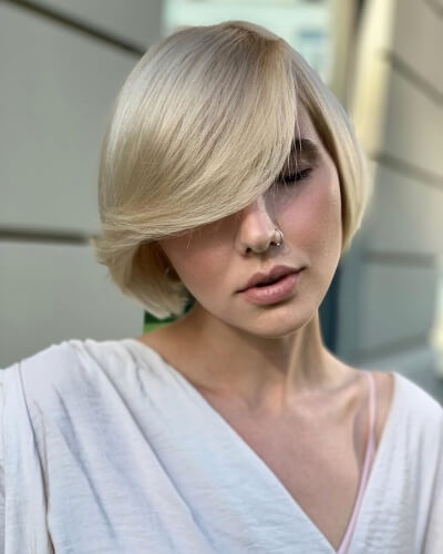 Short Bob with Sweeping Side Bangs