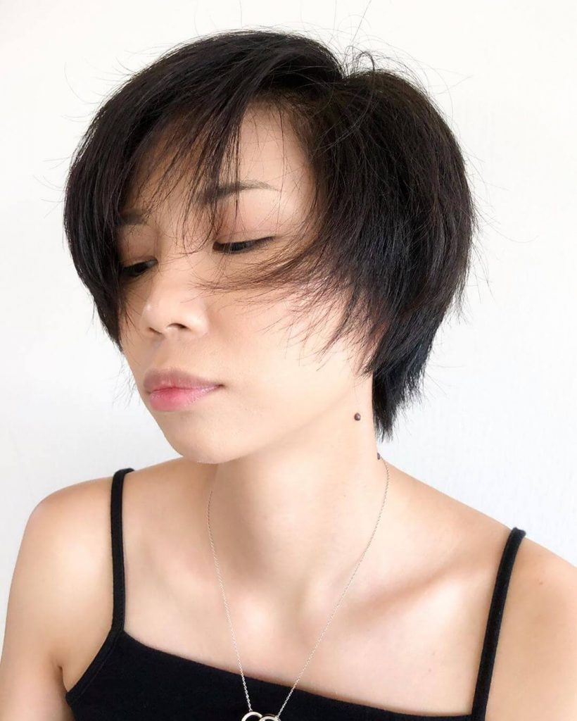 Messy Pixie Bob Hairstyle for Square Faces
