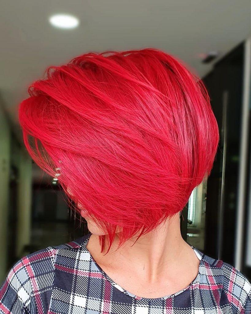 Modern Feathered Bob Haircut for Women