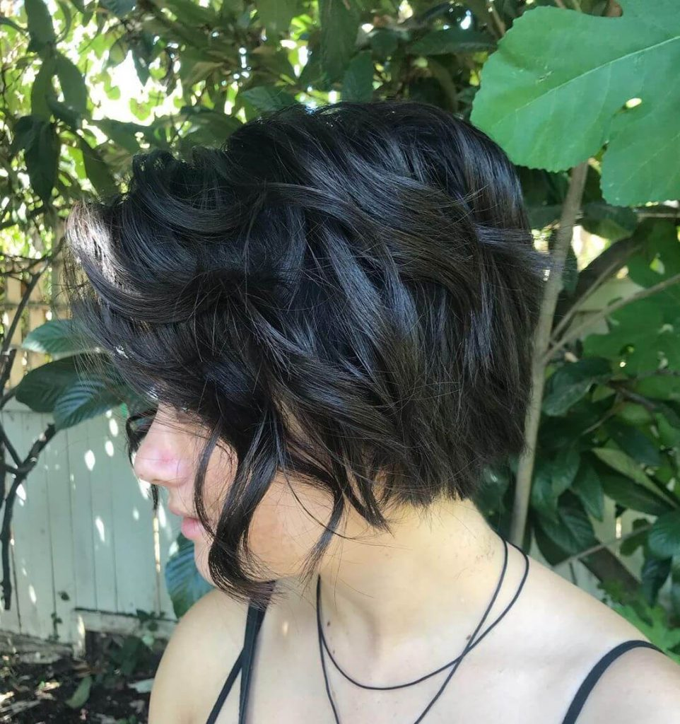 Piecey Choppy Short Haircut for Thick Hair and Round Faces