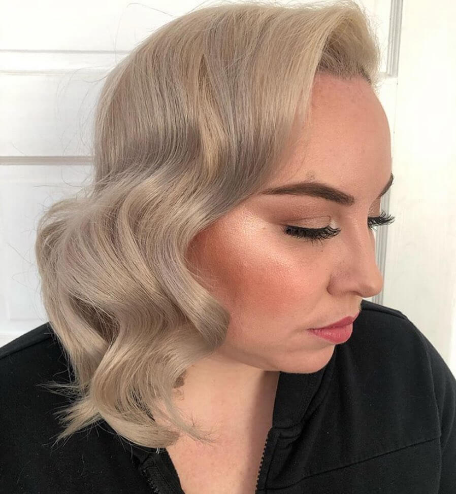 Romantic Side-swept Vintage Waves Hairstyle