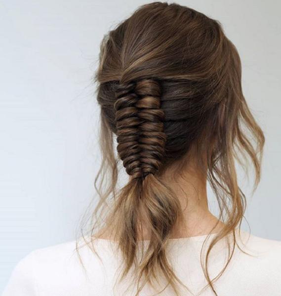 Simple Infinity Braid