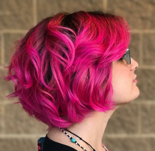 Wavy Pink Short Hairstyle for Diamond Faces