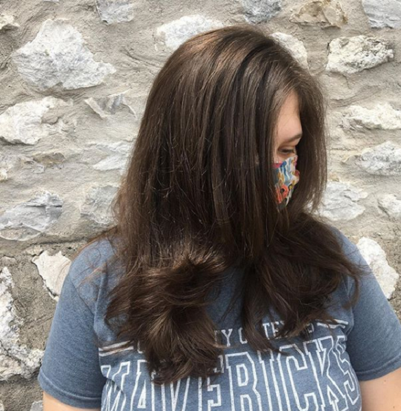 Voluminous Side-Parted Layered Haircut
