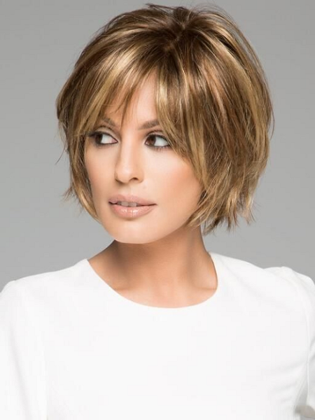 Layered & Messy Short Hairstyle with Side-Parted Bangs