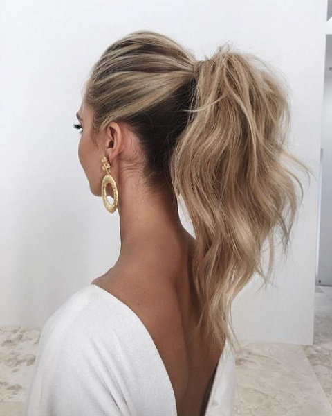 Fluffy High Ponytail