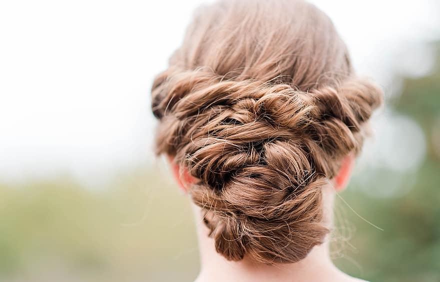 Gorgeous Formal Hairstyles that Work for Any Special Event