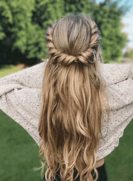 Long Wavy Hair with Twisted Crown