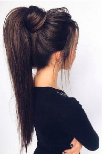 Sleek & Voluminous Ponytail