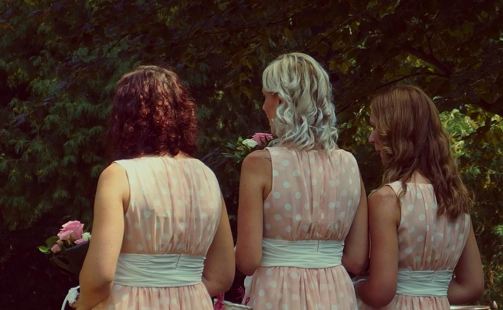 Splendid and Comfortable Bridesmaid Hairstyle Ideas