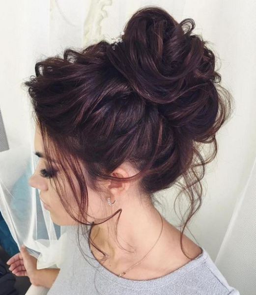 Voluminous Messy Up Do with Rebel Strands