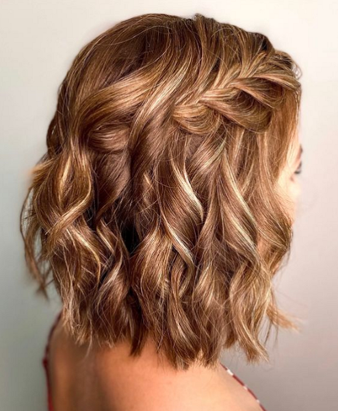Wavy Hairstyle with Loose Side Braid