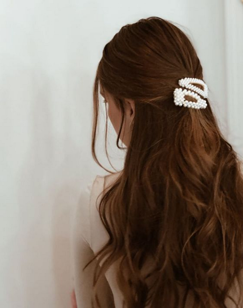Simple Half Up Half Down Hairstyle with Pearl Hair Clips