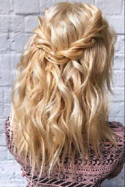 Super Messy Half Up Half Down Hairstyle with Loosely-Twisted Crown