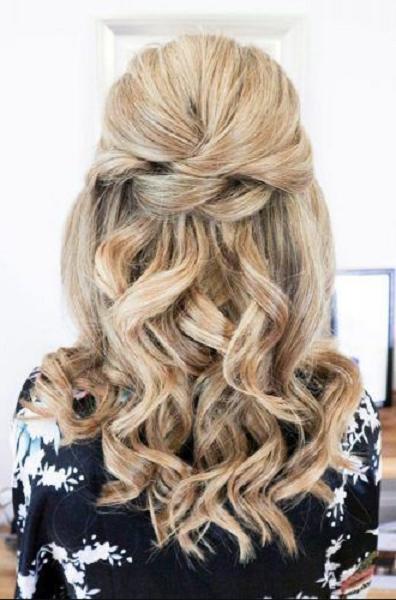 Wavy Elegant Half Up Half Down Hairstyle with Braided Pattern