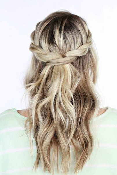 Wavy Half Up Half Down Hairstyle with Loose Non-Secured Braid