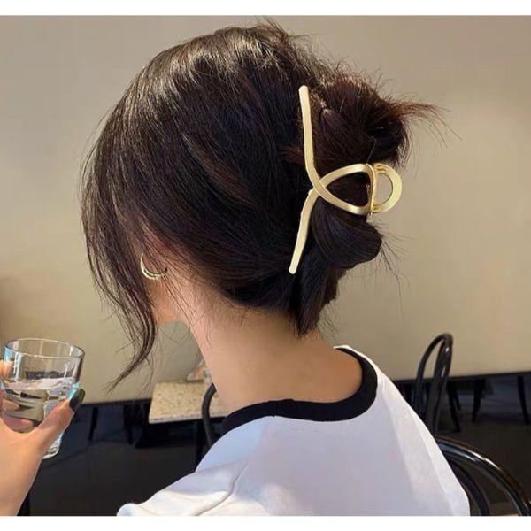 Clamp Updo Fall Hairstyle
