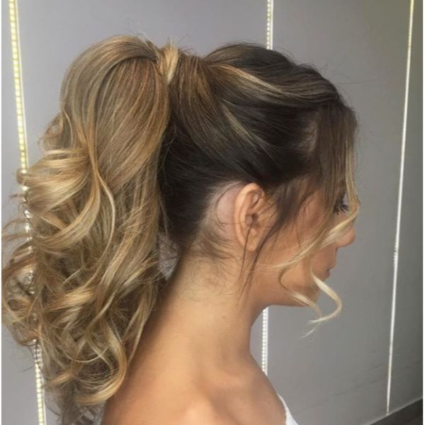 High Curly Ponytail Fall Hairstyle