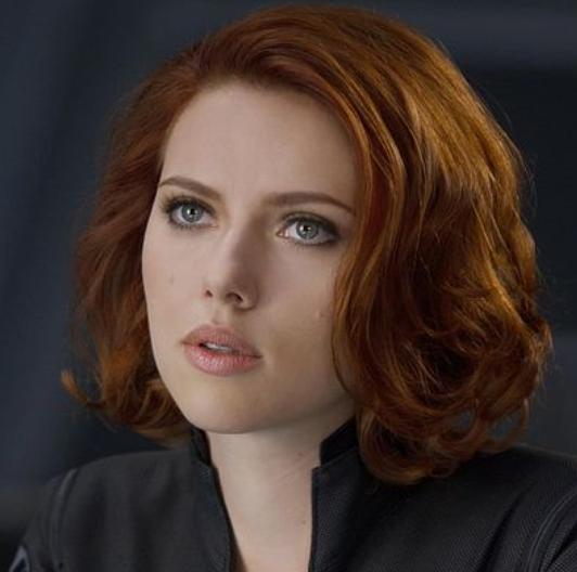 Scarlett Short Curls