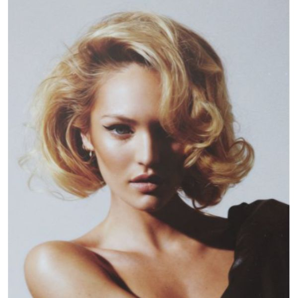 Oversized & Glamorous Curls