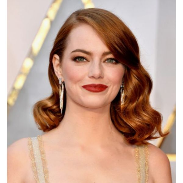 Hollywood-Worthy Curls With Side Parting