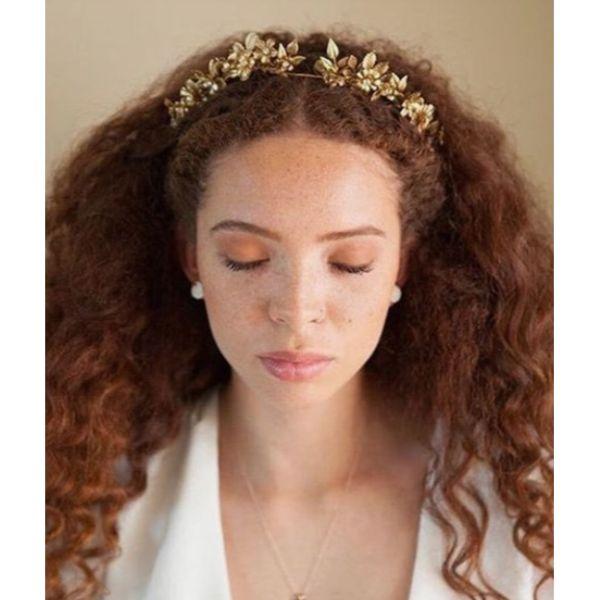 Curly Hair Golden Goddess