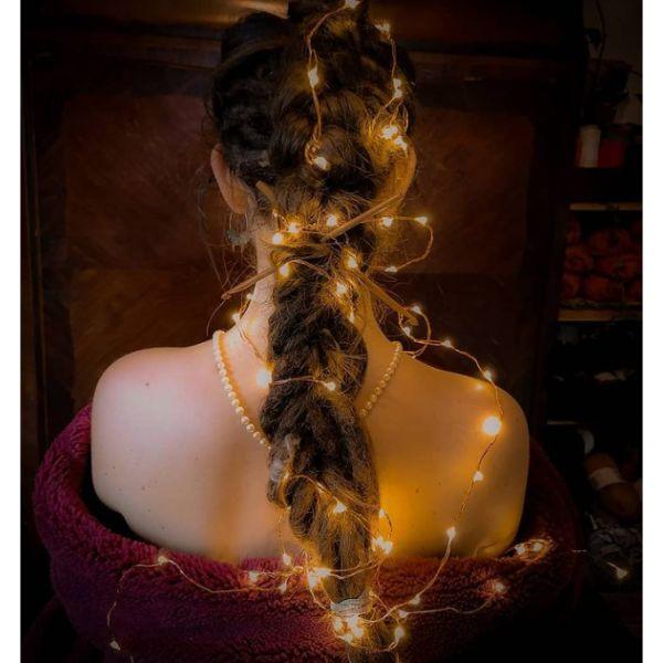 DIY Christmas Lights Braid