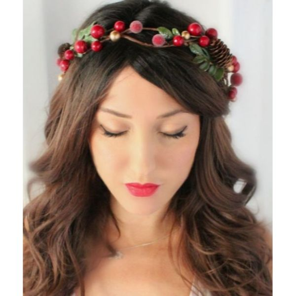 Delicate DIY Christmas Cranberry Crown