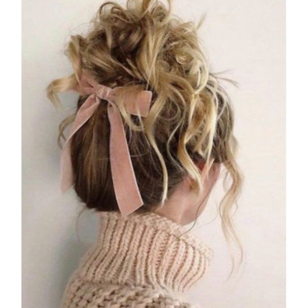 Curly Bun With Bow