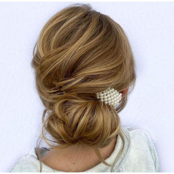 Low Bun With Pearl Hair Clip