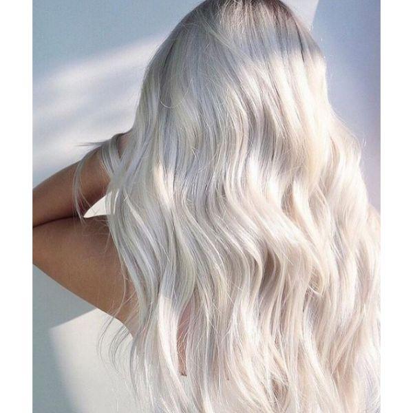 Snow-White Curls
