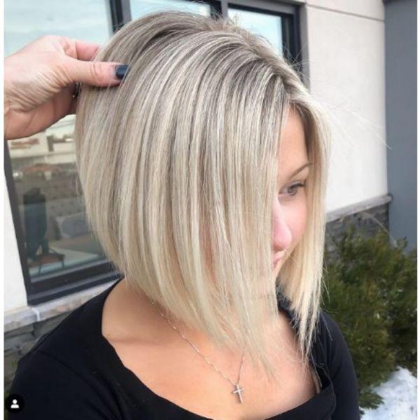 Sleek Straight Blonde Medium Bob Haircut
