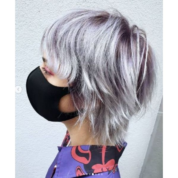 Medium Shaggy Lila Blanc Haircut